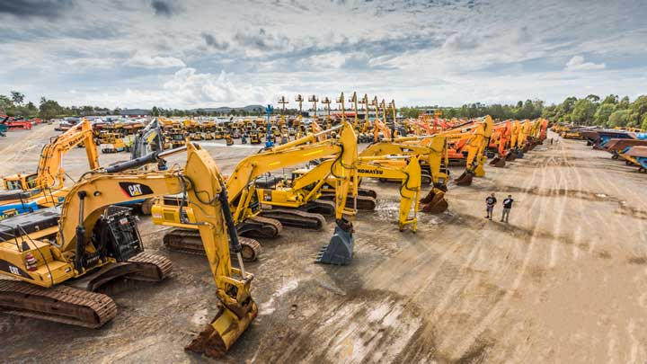Heavy Equipment | Buy & Sell | Ritchie Bros  Auctioneers